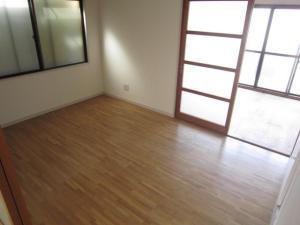 賃貸マンション松本ビルの洋室画像5