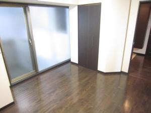 賃貸マンションハウスバーンフリート平和大通りの洋室1画像6