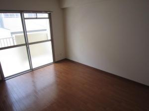 賃貸マンション松村マンションの洋室画像5