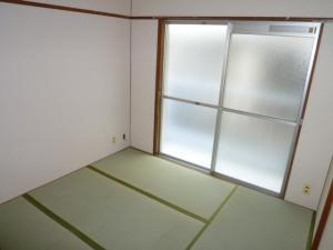 賃貸マンション松村ビルの和室4.5帖画像4